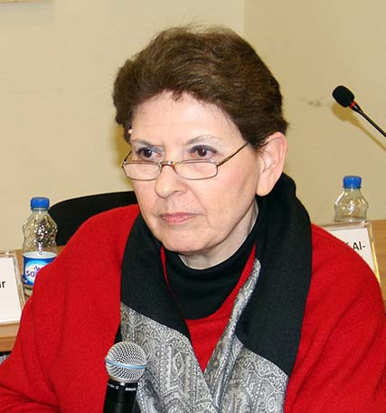Magda Abu-Fadil explains integration of safety course in journalism curriculum