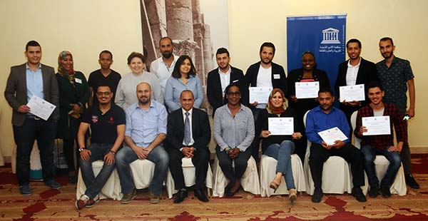 Abu-Fadil and El Abasi with Libyan journalists in Amman